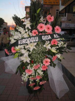 kazablanka,gerbera,sebboy ferforje  Afyon çiçekçi mağazası