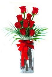 Afyon çiçekçi telefonları  9 adet mika yada cam vazoda gül tanzimi