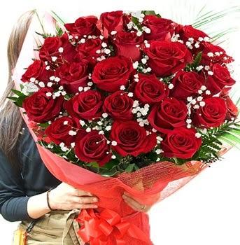 Kız isteme çiçeği buketi 33 adet kırmızı gül  Afyon çiçek gönderme sitemiz güvenlidir