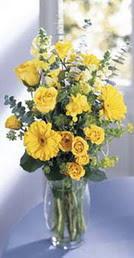 Afyon online çiçek gönderme sipariş  sari güller ve gerbera cam yada mika vazo