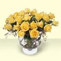 Afyon çiçekçi telefonları  11 adet sari gül cam yada mika vazo içinde