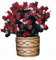 yapay kirmizi güller sepeti   Afyon kaliteli taze ve ucuz çiçekler