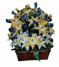 yapay karisik çiçek sepeti   Afyon çiçek gönderme