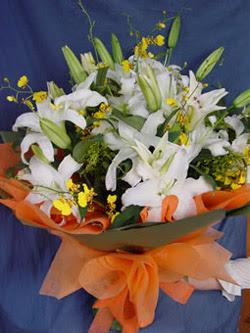 Afyon internetten çiçek satışı  5 ADET KAZABLANKA BUKETI KALITEDEN SASMAYANLARA