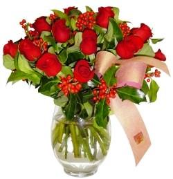 Afyon çiçekçi mağazası  11 adet kirmizi gül  cam aranjman halinde
