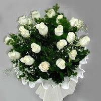 Afyon hediye çiçek yolla  11 adet beyaz gül buketi ve bembeyaz amnbalaj