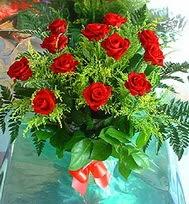 12 adet gül buketi  Afyon anneler günü çiçek yolla