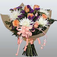 güller ve kir çiçekleri demeti   Afyon çiçekçiler