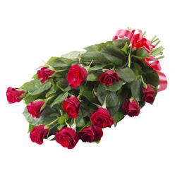 11 adet kirmizi gül buketi  Afyon yurtiçi ve yurtdışı çiçek siparişi