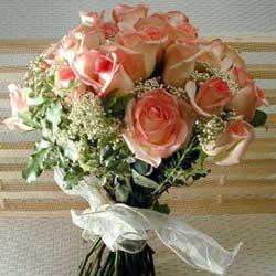 12 adet sonya gül buketi    Afyon çiçek gönderme