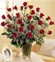 Afyon çiçek , çiçekçi , çiçekçilik  özel günler için 12 adet kirmizi gül