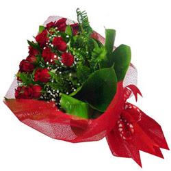 Afyon kaliteli taze ve ucuz çiçekler  12 adet kirmizi essiz gül buketi - SEVENE ÖZEL