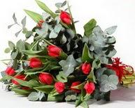 Afyon çiçek satışı  11 adet kirmizi gül buketi özel günler için