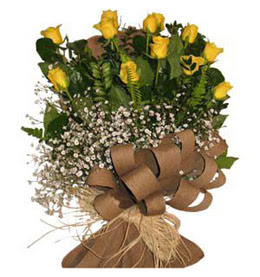 Afyon çiçek yolla  9 adet sari gül buketi