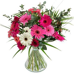 15 adet gerbera ve vazo çiçek tanzimi  Afyon online çiçek gönderme sipariş