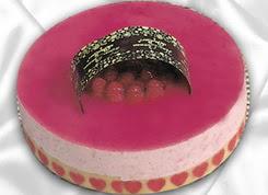 pasta siparisi 4 ile 6 kisilik yas pasta framboaz yaspasta  Afyon güvenli kaliteli hızlı çiçek