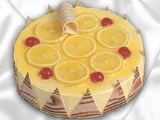 taze pastaci 4 ile 6 kisilik yas pasta limonlu yaspasta  Afyon online çiçek gönderme sipariş