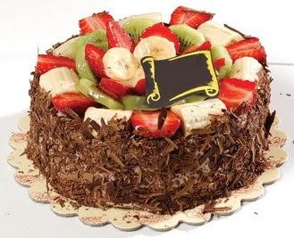 pastaci firmasindan 4 ile 6 kisilik çikolata meyvali yaspasta  Afyon çiçek siparişi sitesi