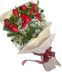 11 adet kirmizi güllerden özel buket  Afyon internetten çiçek siparişi