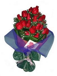 12 adet kirmizi gül buketi  Afyon online çiçek gönderme sipariş