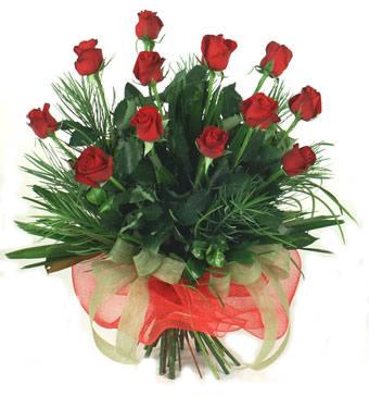 Çiçek yolla 12 adet kirmizi gül buketi  Afyon güvenli kaliteli hızlı çiçek