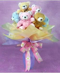 8 adet ayiciktan buket  Afyon internetten çiçek satışı