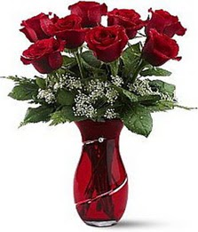 Vazo içinde 8 adet kirmizilar içinde güller  Afyon internetten çiçek siparişi