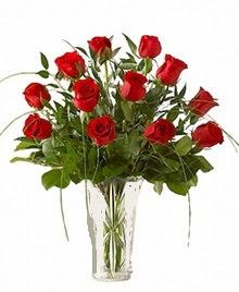 cam yada mika vazo içerisinde 9 kirmizi gül  Afyon çiçek siparişi sitesi