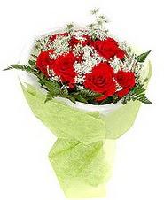 Afyon çiçek , çiçekçi , çiçekçilik  7 adet kirmizi gül buketi tanzimi