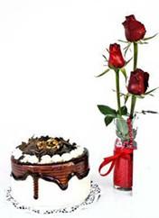 Afyon çiçek siparişi vermek  vazoda 3 adet kirmizi gül ve yaspasta
