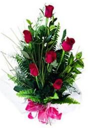 Afyon güvenli kaliteli hızlı çiçek  5 adet kirmizi gül buketi hediye ürünü