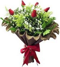 Afyon online çiçek gönderme sipariş  5 adet kirmizi gül buketi demeti
