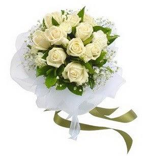 Afyon online çiçekçi , çiçek siparişi  11 adet benbeyaz güllerden buket