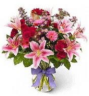 Vazo içerisinde karışık mevsim çiçeği  Afyon çiçek siparişi sitesi