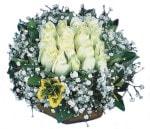 Afyon çiçekçiler  Beyaz harika bir gül sepeti