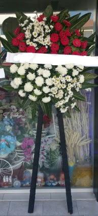 Cenaze çiçeği cenaze çiçek modelleri  Afyon çiçek siparişi sitesi