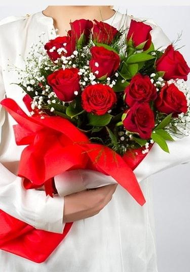 Aşk Gülleri 11 Adet kırmızı gül buketi  Afyon çiçekçi telefonları